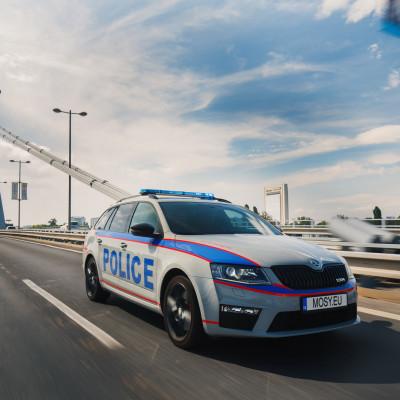 Mosy Intelligent police car 8