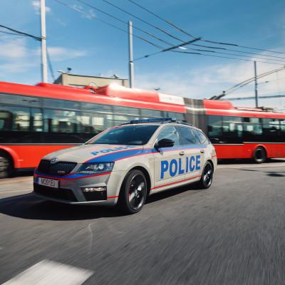 Mosy - intellignet police car